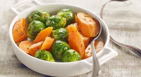 Receta de Coles Bruselas Zanahorias y Comino