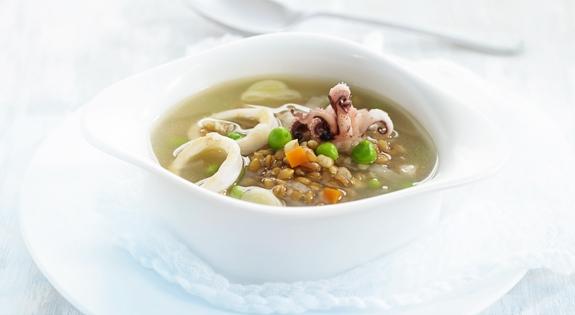 Receta de Sopa de Espelta con Calamar