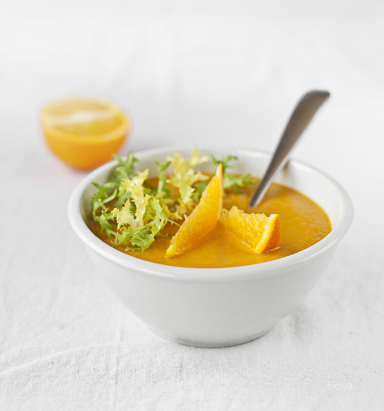 Crema de zanahoria, naranja y lentejas cuadrada