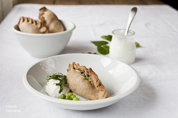 Samosas con yogurt y menta Heva