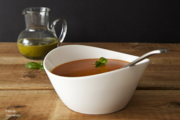 Sopa de tomate by Heva